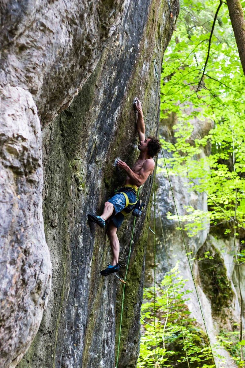 http://boulderhalle-siegen.de/wp-content/uploads/2015/06/IMG_4243sm.jpg